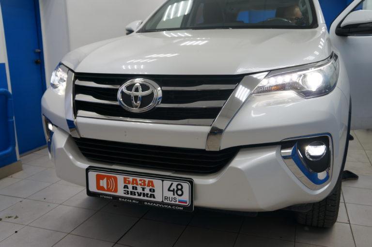 Toyota Foirtuner 2018 Шумоизоляция салона