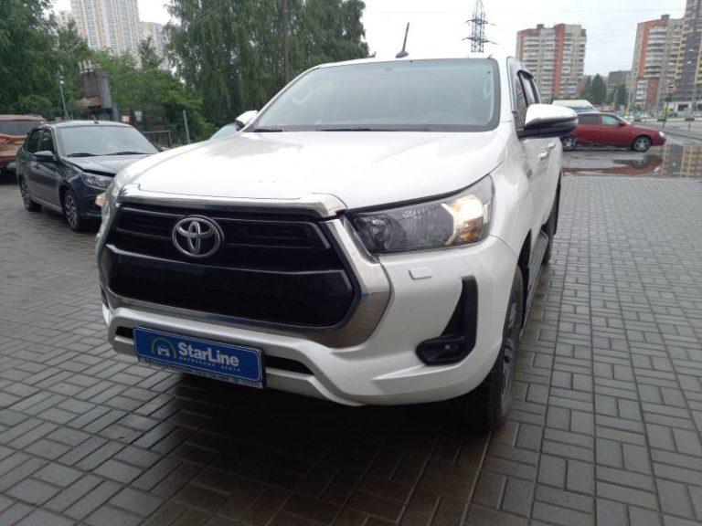 Toyota Hilux 2020 Установка фаркопа