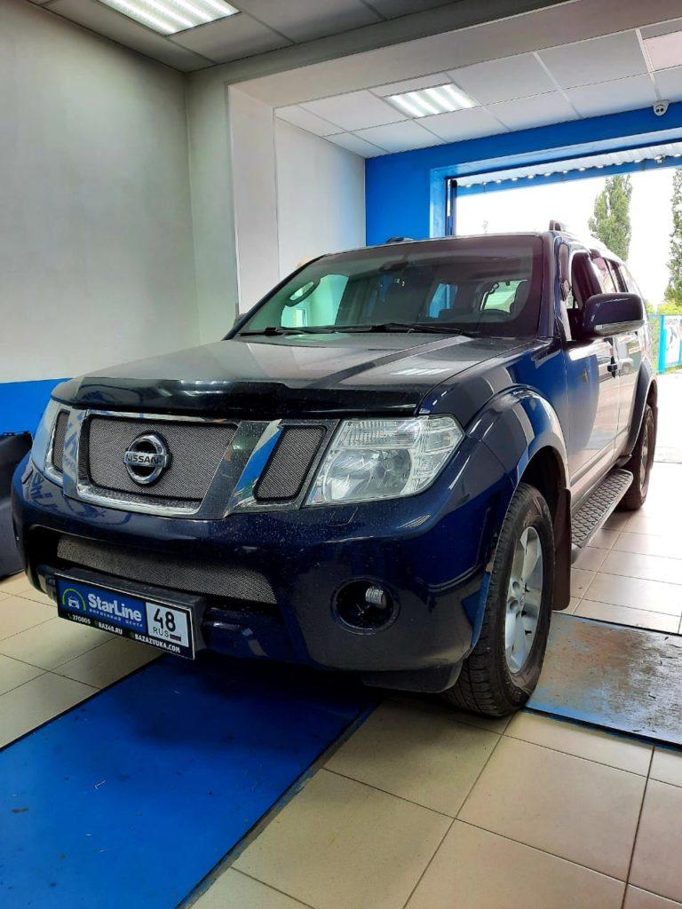Nissan Pathfinder 2012 Установка штатной магнитолы и камеры