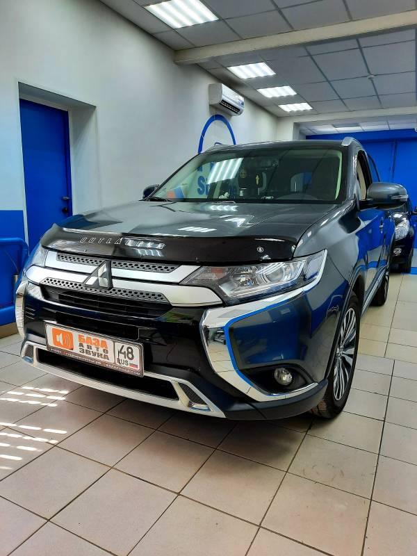 Mitsubishi Outlander 2020 Установка магнитолы